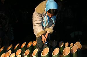 lighting-bamboo-candles2